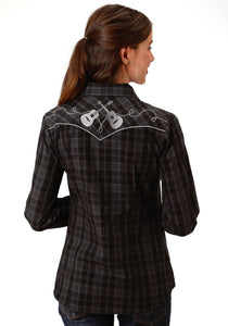 WOMENS BLACK AND GREY PLAID LONG SLEEVE SNAP WESTERN SHIRT