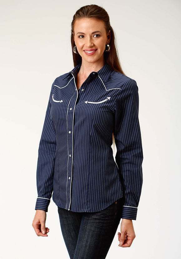 WOMENS BLUE AND WHITE PINSTRIPE LONG SLEEVE SNAP WESTERN SHIRT