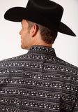 MENS BLACK AND WHITE ZIG ZAG PRINT LONG SLEEVE WESTERN SNAP SHIRT