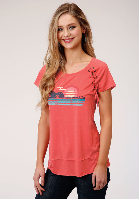 WOMENS PINK WITH GUITAR SCREEN PRINT SHORT SLEEVE KNIT TOP