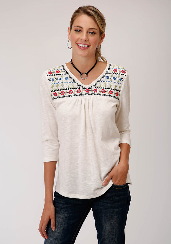 WOMENS WHITE WITH FLORAL AND CACTUS EBROIDERY SHORT SLEEVE KNIT TOP