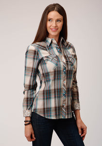 WOMENS TAN BLUE RED AND WHITE PLAID LONG SLEEVE SNAP WESTERN SHIRT
