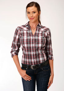 WOMENS RED WHITE AND BLACK PLAID LONG SLEEVE SNAP WESTERN SHIRT