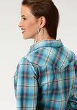WOMENS BLUE AND ORANGE PLAID LONG SLEEVE WESTERN SNAP SHIRT