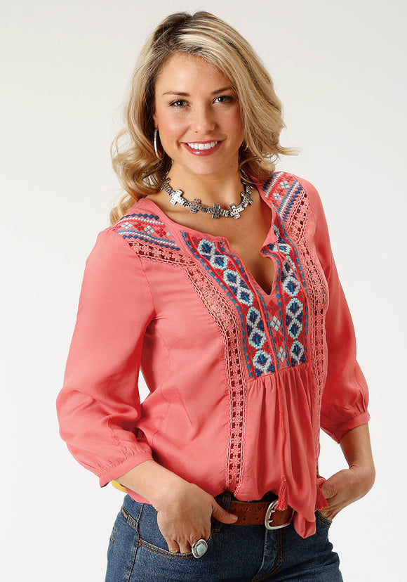 WOMENS RED SOLID WITH EMBROIDERED FRONT LONG SLEEVE WESTERN SHIRT