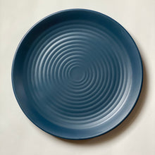 Load image into Gallery viewer, Melamine Ridged Dinner Plate