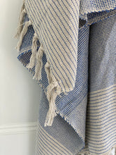 Load image into Gallery viewer, Ombré Stripe Throw Blanket