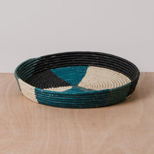 Load image into Gallery viewer, Tray - Cool Color Blocked Raffia