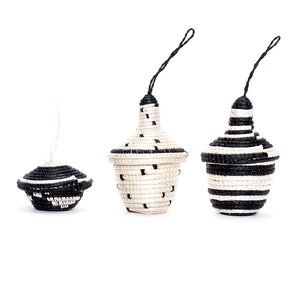 Ornament Set - Black Nya