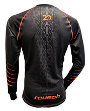 Load image into Gallery viewer, Reusch Black Hole Pro-Fit Jersey - 39 11 101