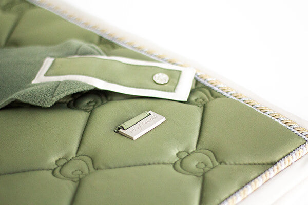 A close up of the gorgeous detailing on the PS of Sweden Monogram collection