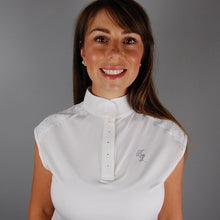 Kingsland Olivetta Sleeveless Show Shirt in White