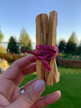 "Load image into Gallery viewer, Palo Santo ""Holy"" Wood  - 5 pieces"