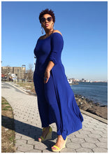 "Load image into Gallery viewer, ""QUEENING"" Curvy Jumpsuit"