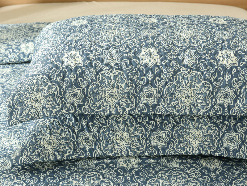 DaDa Bedding Elegant Bohemian Blue Medallion Quilted Bedspread Set - Navy Floral Star (14932-3)