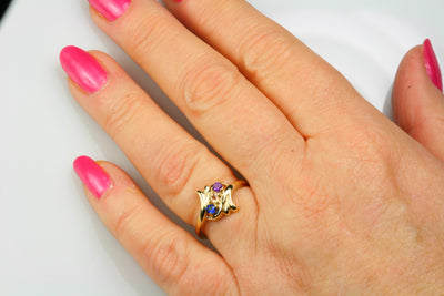 5 Stone Calla lily Floral Mothers Ring*