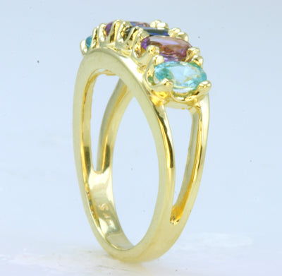 Four Stone Oval Mothers Ring*