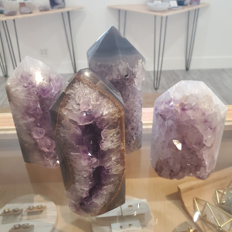 Amethyst & Agate Standing Point - 2750g