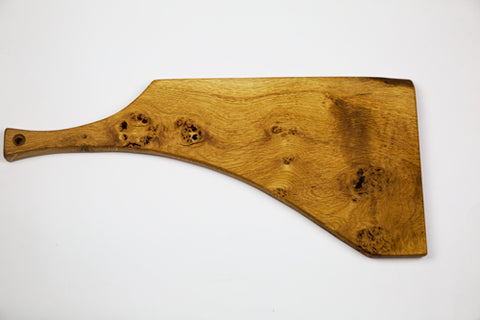 Burr Oak Chopping Board by Dernacoo Crafts