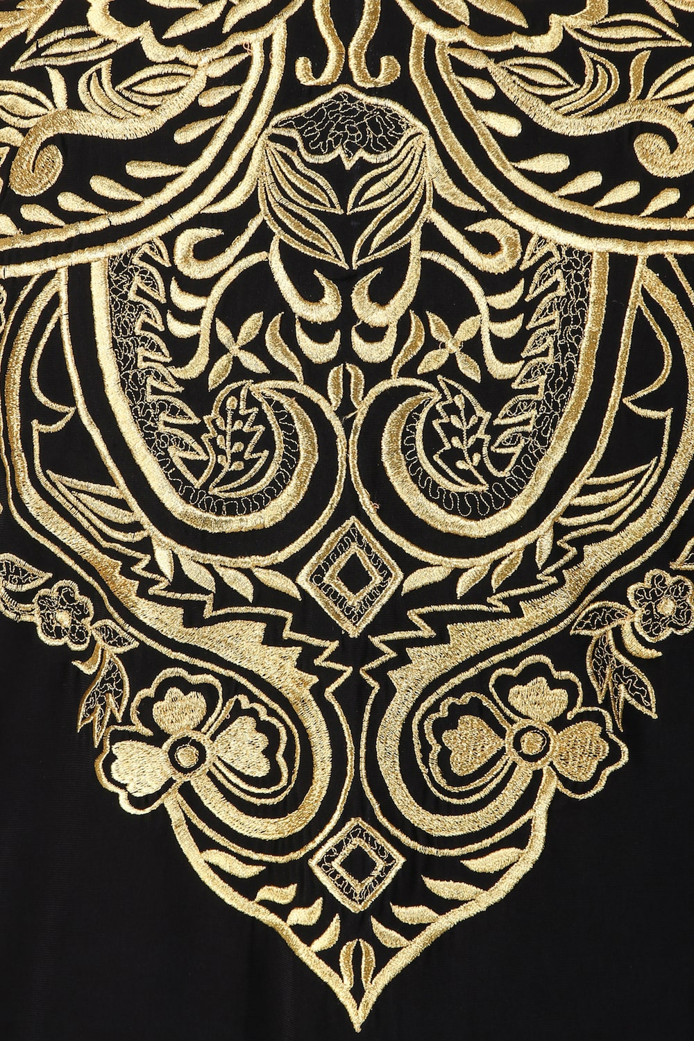 Intricate Floral Design Hand Embroidered Kaftan
