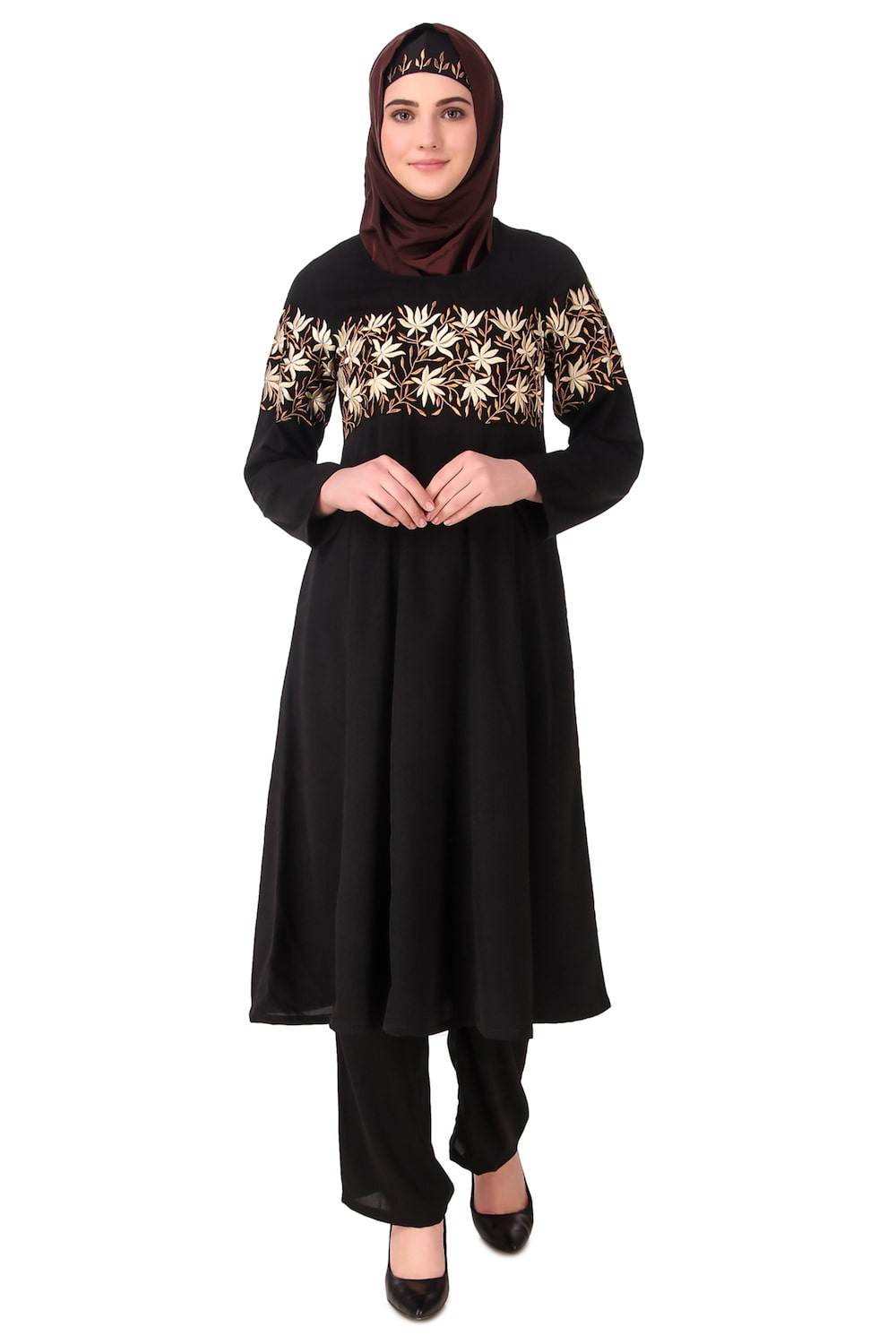 Horizontally Filled Floral Design Salwar Kameez