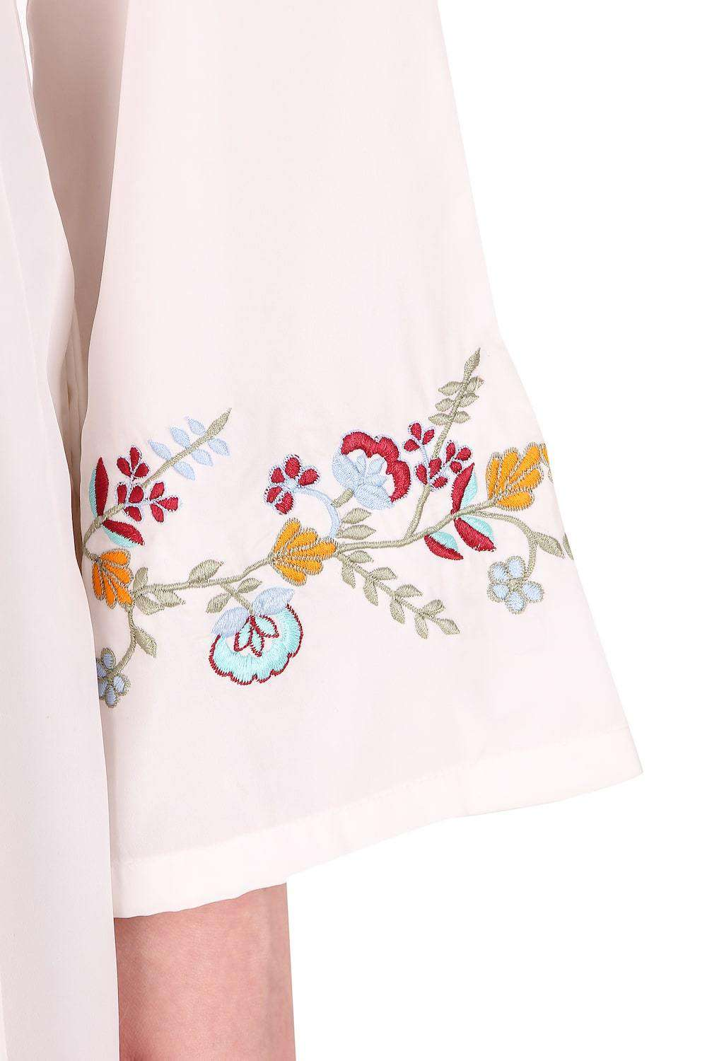 Colorful Embroidered Bell Sleeve White Abaya Sleeve Embroidery