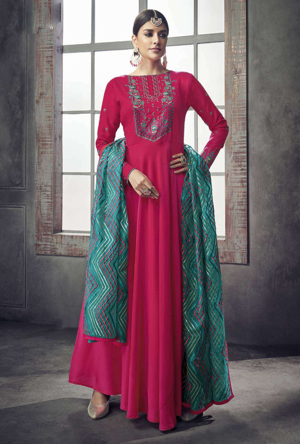 Pink Pure Muslin Silk Party Wear On Neck Embroidered Salwar Kameez MYSK-1716