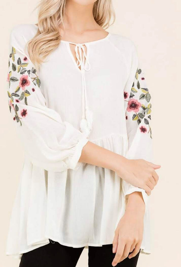 Ivory embroidered sleeve tunic