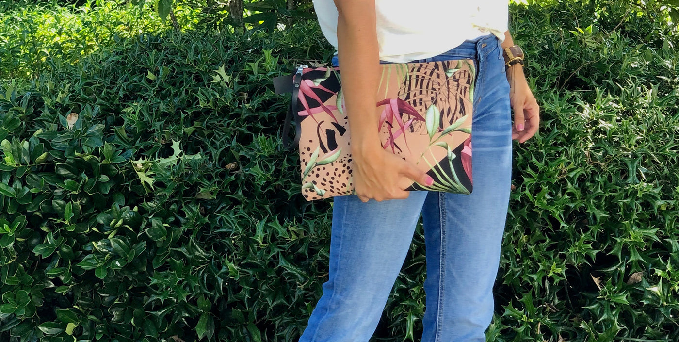 africa design carry-all pouch clutch