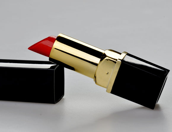 What is The 4 Best Red Lipsticks of All Time?