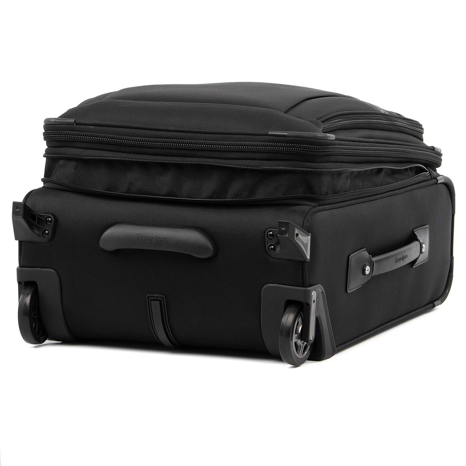 Platinum® Elite International Expandable Carry-On Rollaboard