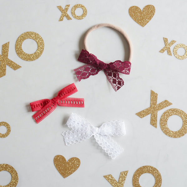 Valentine's Lace Bow Set: XOXO