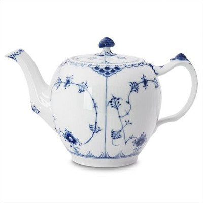 Royal Copenhagen Blue Fluted Half Lace 34 Oz Teapot
