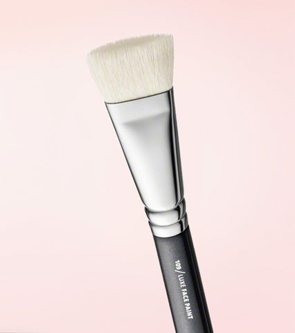 109 Luxe Face Paint Brush