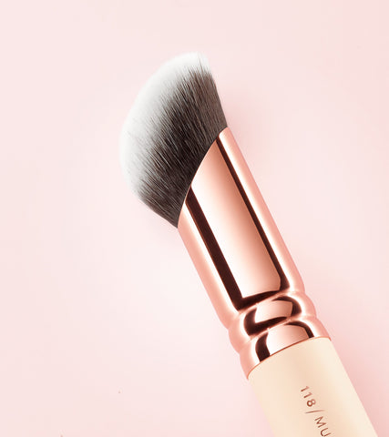ZOEVA 118 Multi Liquid face brush