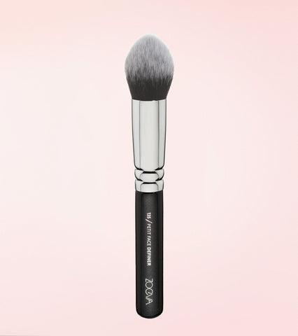 135 Petit Face Definer Brush