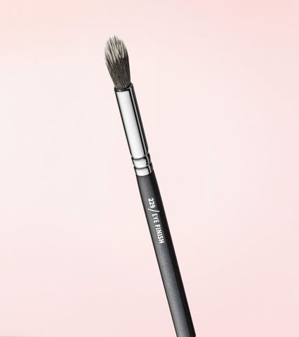 229 Eye Finish Brush