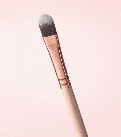 233 CREAM SHADER BRUSH (ROSE GOLDEN VOL. 2)