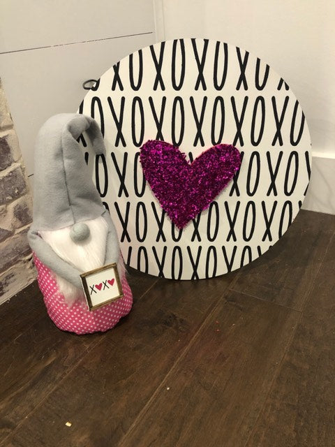 Craft Kit of the Month: January - XOXO Round Sign