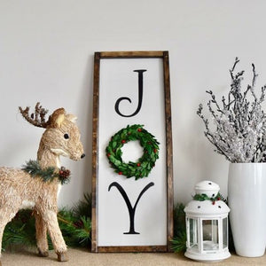 Vertical Joy Christmas Boxwood Wreath Sign