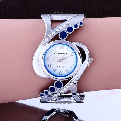 New Design Women Bangle Quartz Wristwatch with Luxury Crystal Rhinestone