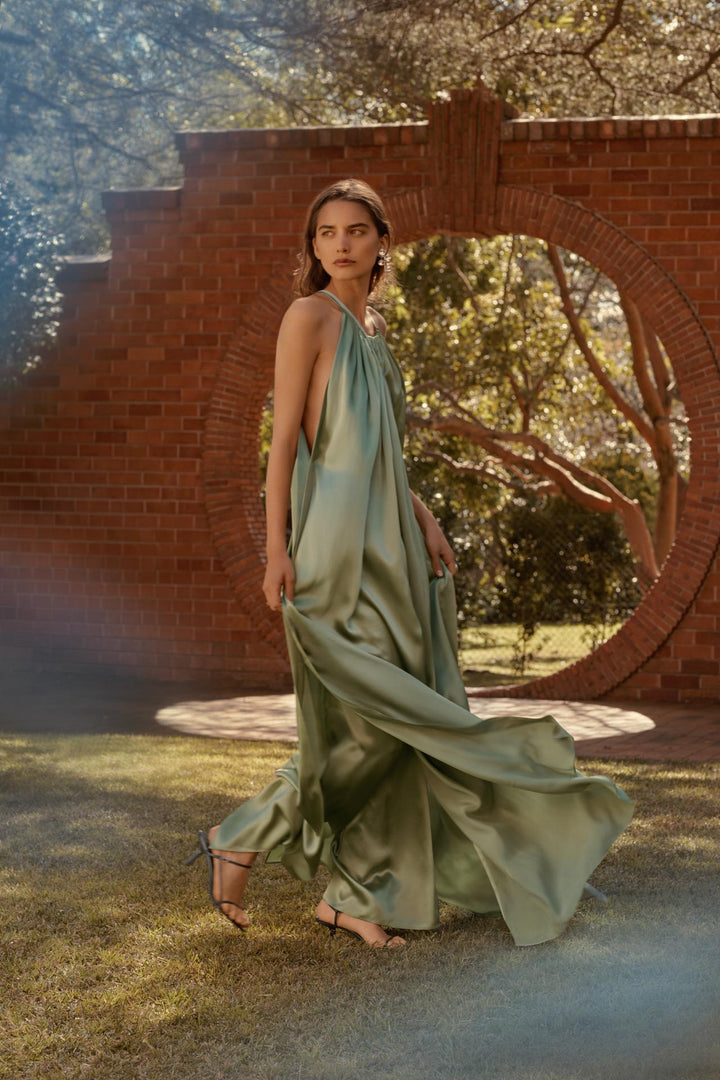 CARL KAPP SS2019 collection photographed in Sydney Australia | Maldives Onesize Fits All Silk Satin Dress
