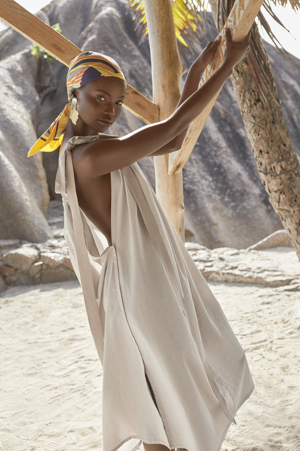 CARL KAPP SS2020 collection in Seychelles | La Digue dress
