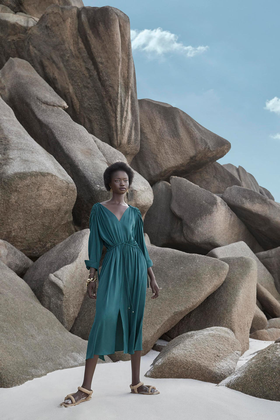 CARL KAPP SS2020 collection in Seychelles | Denise dress Slate