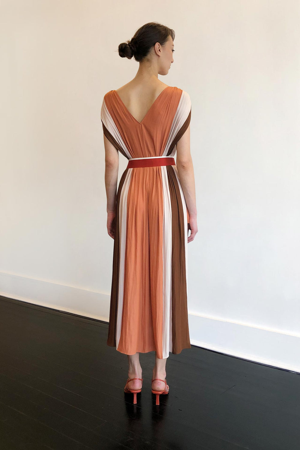 Fashion Designer CARL KAPP collection | Bel Air Onesize Fits All Dress Peach | Sydney Australia