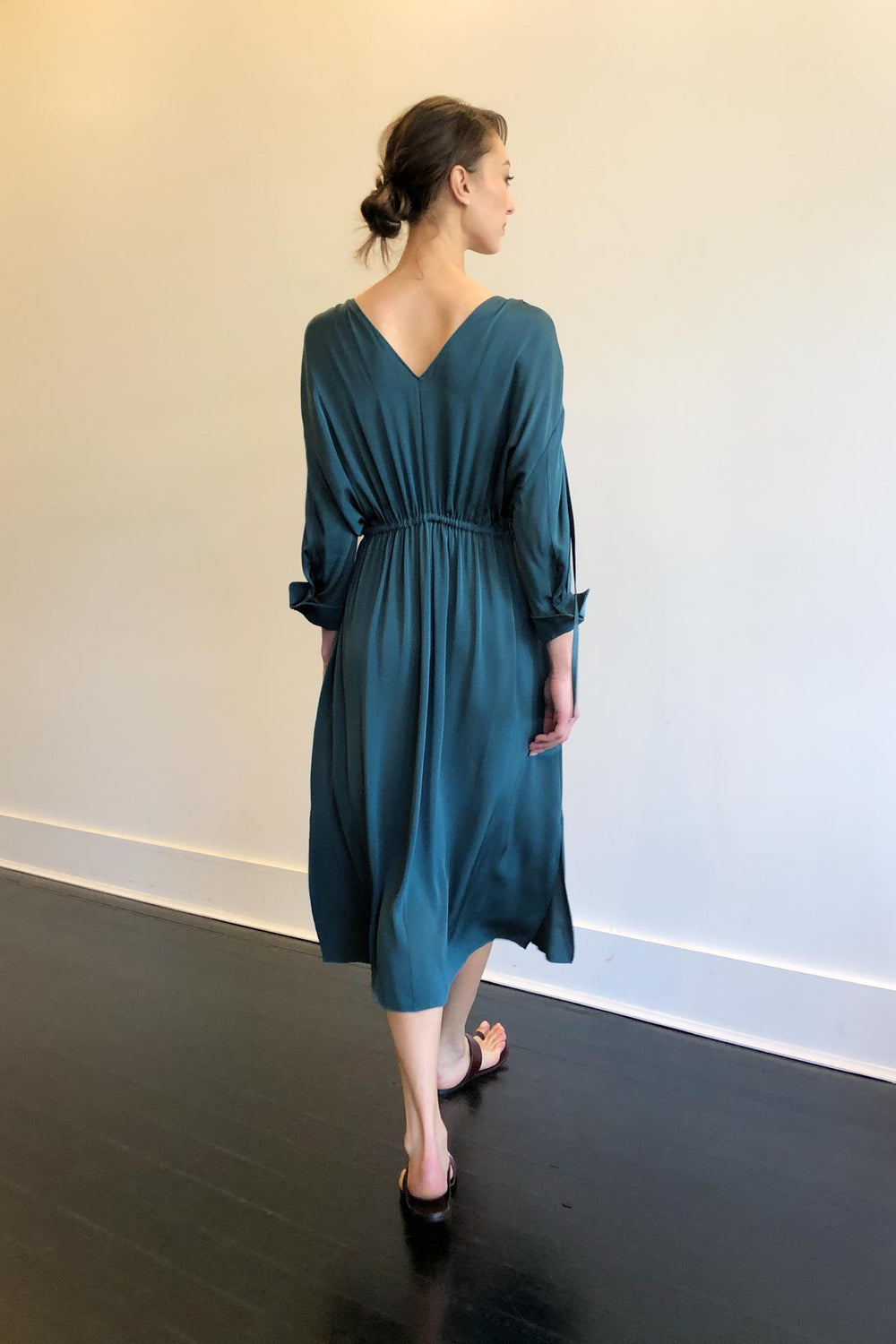 Fashion Designer CARL KAPP collection | Denise Onesize Fits All Silk Dress Slate | Sydney Australia