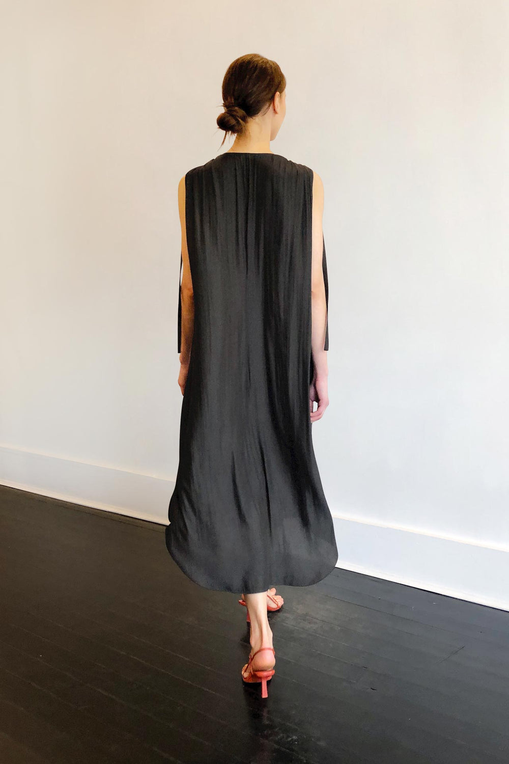 Fashion Designer CARL KAPP collection | Patatran Onesize Fits All cocktail dress Dark Grey | Sydney Australia