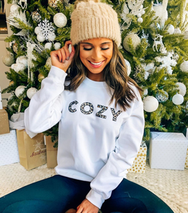 Cozy Animal Print Leopard Blogger Trendy Graphic Winter Unisex Heavy Blend Crewneck Sweatshirt Pull Over Sweater - BrandLove101