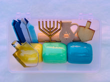 Load image into Gallery viewer, Hannukah Mini Kit