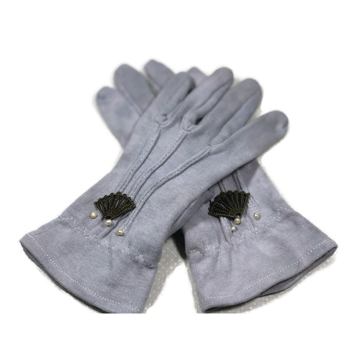 Timeless Gray Driving Gloves